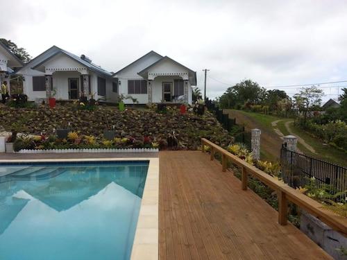 Skyview Villas, Vaimauga West