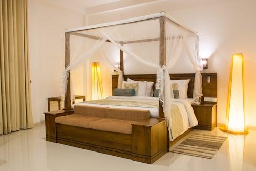 Okwin Resort, Pasbage Korale
