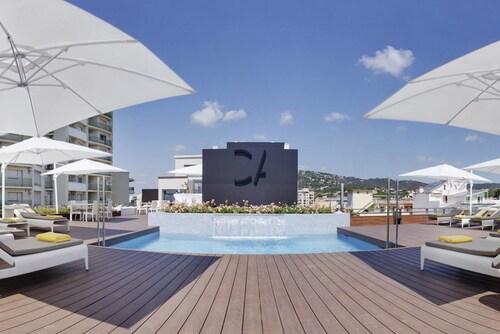 . Cosmopolita Hotel Boutique & Spa