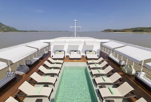 The Strand Cruise, Mandalay