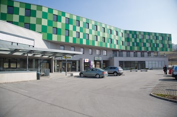 7 Days Premium Salzburg-Puch