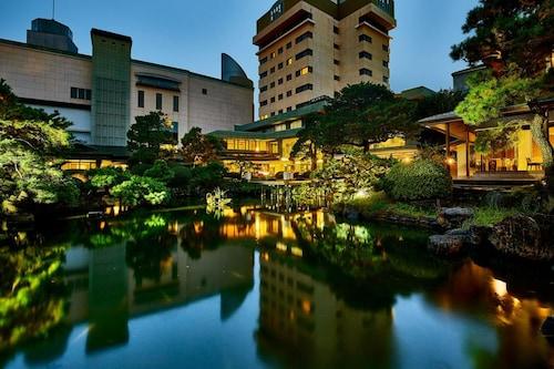 . Art Hotel KOKURA New Tagawa