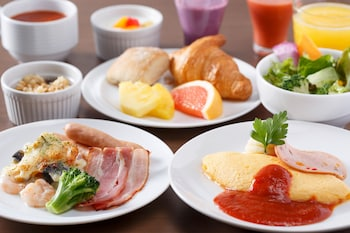 MITSUI GARDEN HOTEL KYOBASHI Breakfast Meal