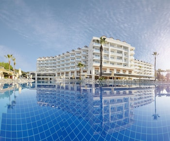 SunConnect Grand Ideal Premium - All Inclusive