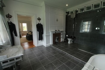 Prince Hill House - Bathroom  - #0