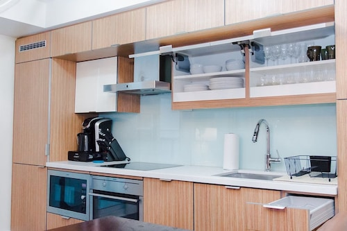N2N Suites - Heart of the City - Downtown Suite offered by Short Term, Toronto