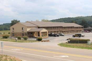 Hotel - Salt Creek Inn