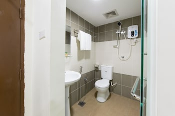 OYO 132 Hotel Gulshan - Bathroom  - #0