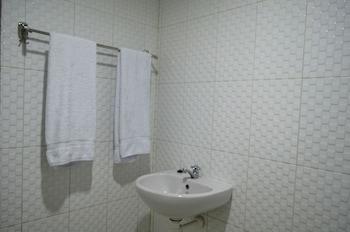 SADINAH SAHID JOSODIPURO HOTEL - Bathroom  - #0