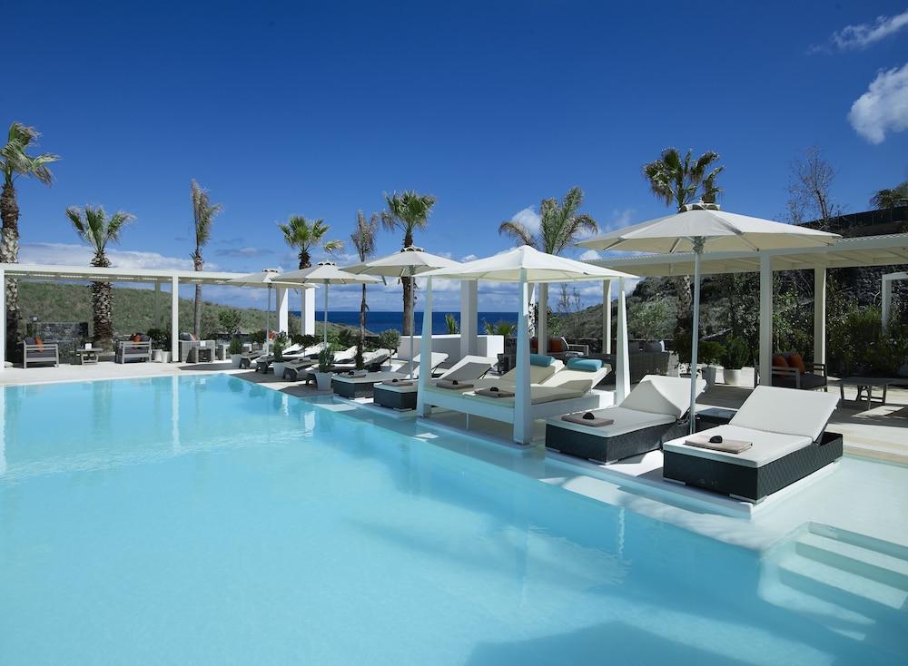 Hotel Aurora Luxury Suites