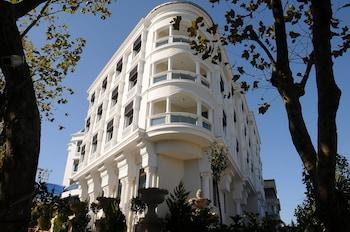 Hotel - Paradise Island Hotel