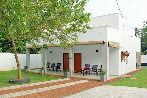 Avita Holiday Home, Hikkaduwa