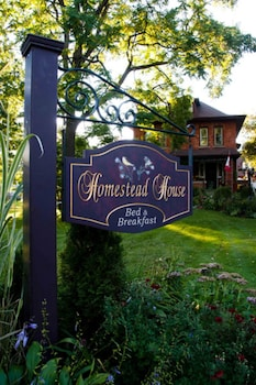 Homestead House Bed & Breakfast