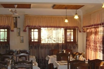 Hotel Akbar Inn - Restaurant  - #0