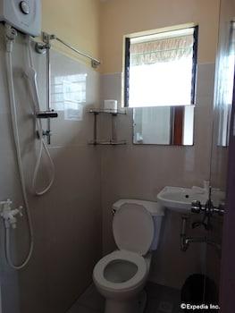 ROYAL PARADISE GUESTHOUSE Bathroom