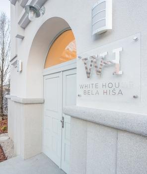 WHITE HOUSE BELA HIŠA