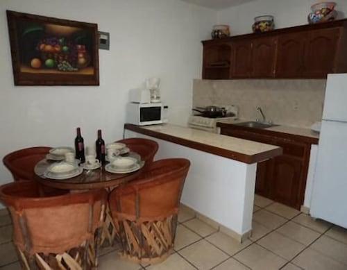 Hotel El Sombrero Suites, Mazatlán