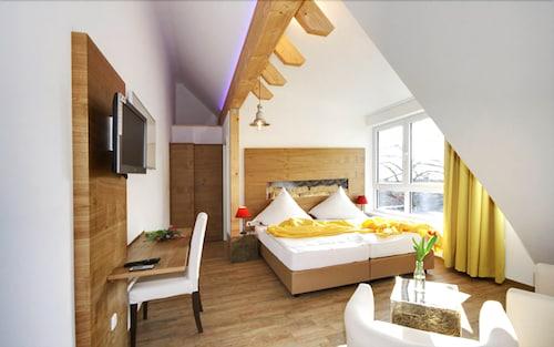 . Landidyll Hotel & Restaurant Lindenhof