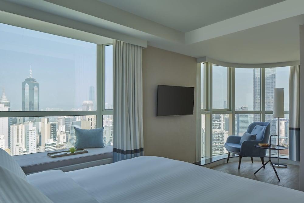 https://i.travelapi.com/hotels/16000000/15110000/15100200/15100135/266ac751_z.jpg