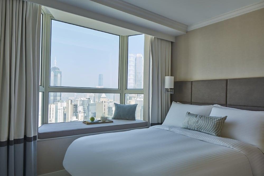 https://i.travelapi.com/hotels/16000000/15110000/15100200/15100135/b7683844_z.jpg