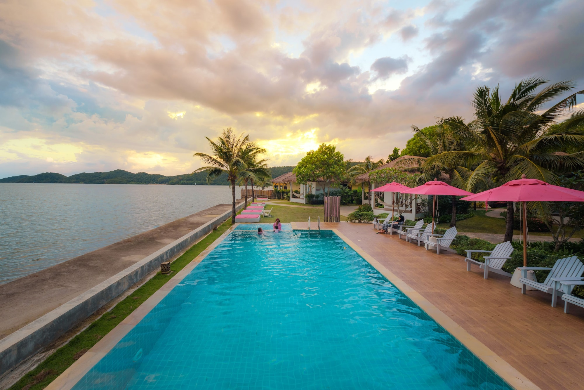 Sea Coco Resort, Tha Mai