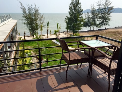 Windy SeaView Resort, Tha Mai