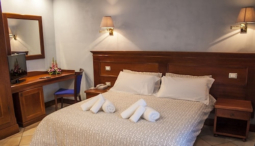PH Hotel, Sassari