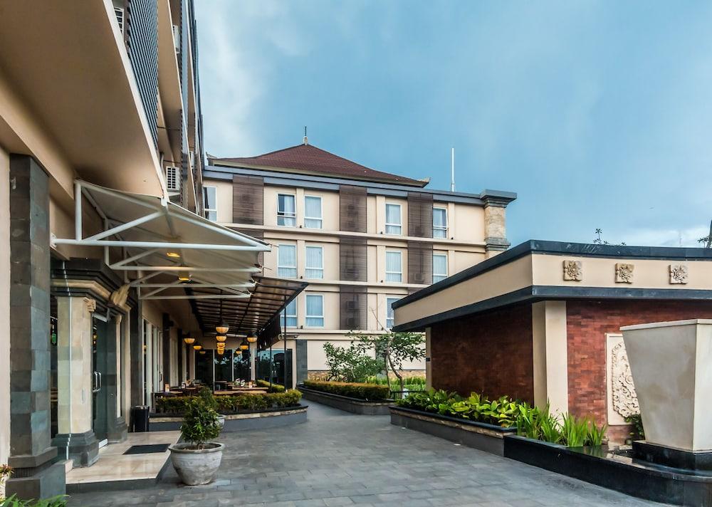 ZEN Rooms Denpasar Gatot Subroto