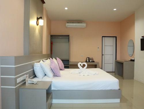 . The Room@Maesai