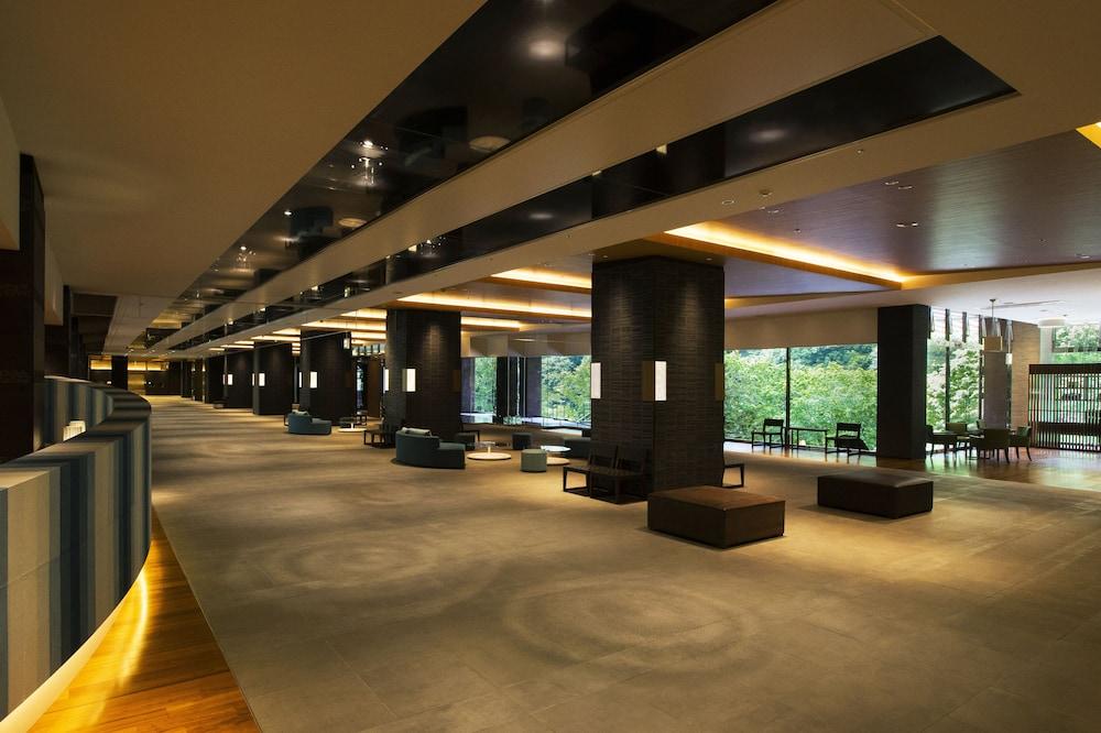 緑の風リゾート きたゆざわ (旧 名水亭)