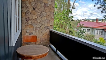 GRIFFIN LODGE Balcony