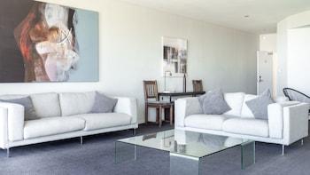 姆拉魯公寓海灘飯店 Mullaloo Beach Hotel & Apartments