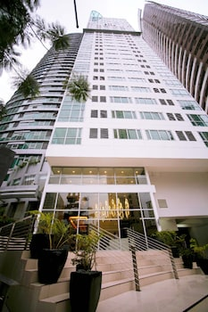 AVANT APARTMENTS AT THE FORT Hotel Front