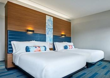 Breezy, Room, 2 Queen Beds, Non Smoking