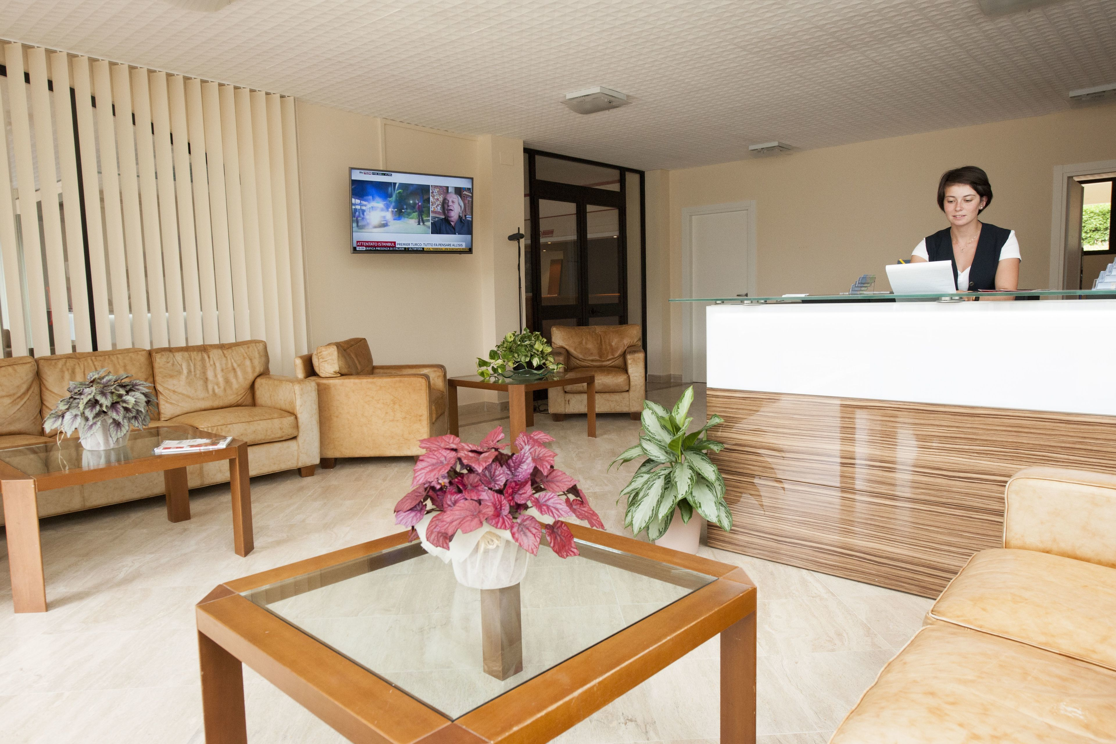 Suites Marilia Apartments