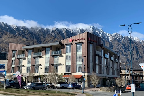 . Ramada Hotel & Suites Queenstown Remarkables Park