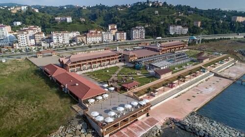 . Babillon Hotel Spa & Restaurant