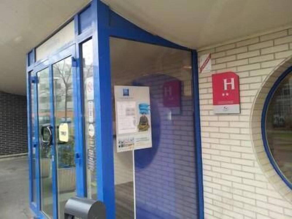 イビスバジェットジェヌヴィリエアニエール