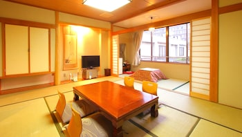 Japanese Traditional Room (10 Tatami-mats)