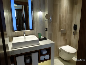 WINFORD MANILA RESORT AND CASINO Bathroom