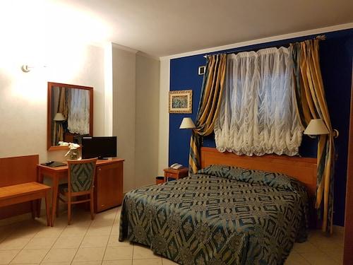. Hotel Ristorante Rinelli