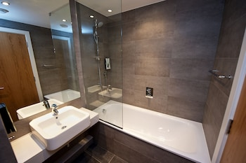 Staycity Aparthotels Paragon Street - Bathroom  - #0