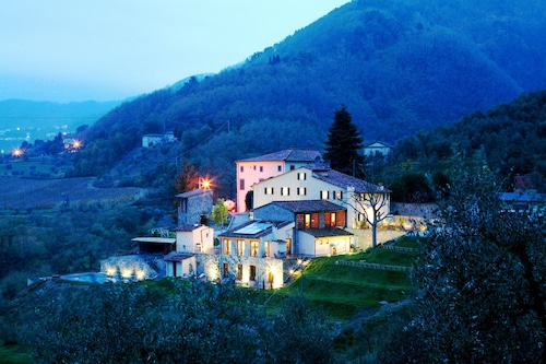 . Tenuta San Pietro Hotel & Restaurant