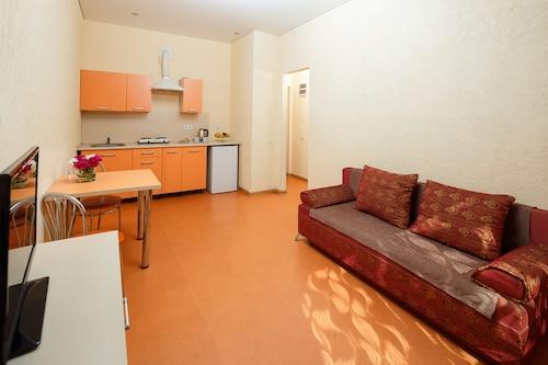 Arcadia Apartments, Odes'ka