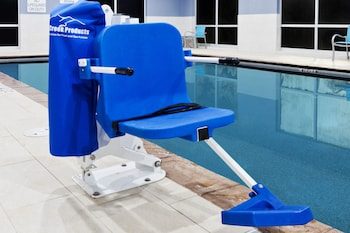 Holiday Inn Express & Suites Cartersville - Pool  - #0