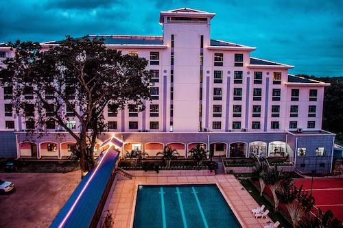 __{offers.Best_flights}__ Sogecoa Golden Peacock Hotel