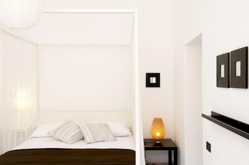 . Gioia 13 Apartments