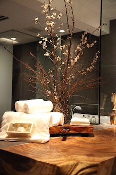 YADOYA-DEJAVU Bathroom Amenities