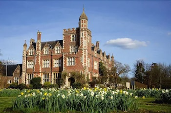 . Horsted Place