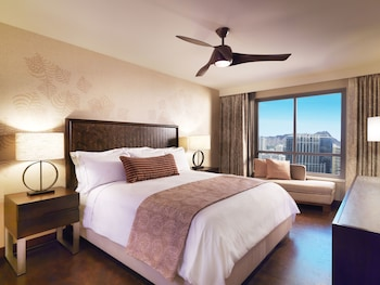 Suite, 1 Bedroom, Accessible, Mountain View (Bathtub)